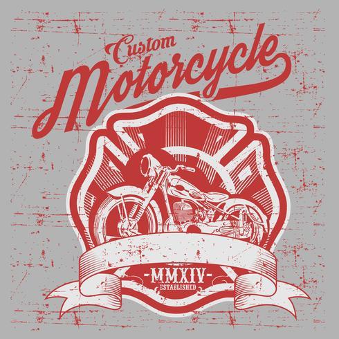 Motorfiets. Zijaanzicht. Hand getrokken klassieke chopperfiets in gravurestijl. Vector geïsoleerde kleur uitstekende illustratie