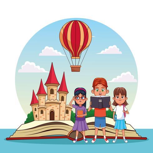 Kinderen lezen sprookjes vector