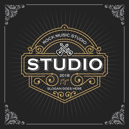 Muziekstudio logo. Vintage luxe banner sjabloonontwerp voor label, frame, productlabels. Retro embleemontwerp. Vector illustratie