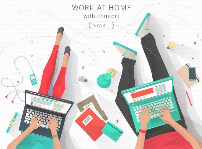Top-down beeld van twee mensen die thuis werken vector