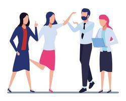 zakelijke collega's met kantoorbenodigdheden