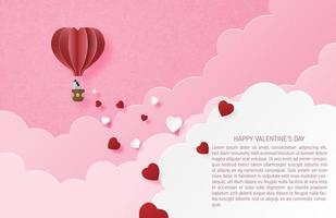 paar in hart lucht ballon zwevend tussen de wolken