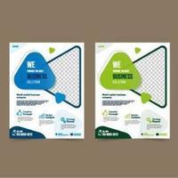 creatieve zakelijke flyer-sjabloon met driehoekige vormen