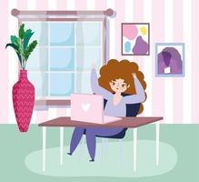 jonge vrouw werkt op afstand van huis