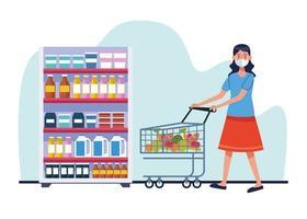 vrouw winkelen in de supermarkt met gezichtsmasker