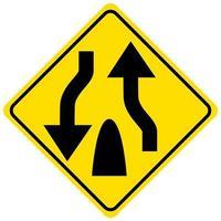 waarschuwingsbord voor het einde van een verdeelde weg op een witte achtergrond vector