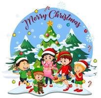 vrolijk kerstfeestlettertype met kinderen die kerstkostuum dragen