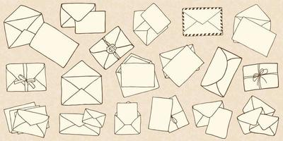 hand getrokken doodle mail enveloppen vector