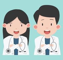 lachende mannelijke en vrouwelijke artsen met stethoscopen