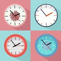 set van kleurrijke klokken met florale accenten vector