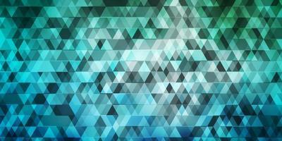 lichtblauwe, groene vectorlay-out met lijnen, driehoeken.