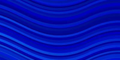 lichtblauwe vectorachtergrond met wrange lijnen.