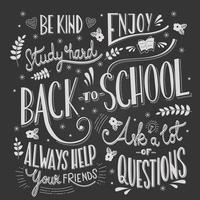 terug naar school typografie tekenen op bord met motiverende berichten vector