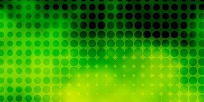 lichtgroene, gele vectorachtergrond met stippen.