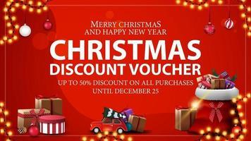 tot 50 korting op alle aankopen, rode kerstkortingsbon met kerstmanzak met cadeautjes en rode vintage auto met kerstboom