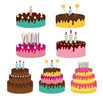 schattige verjaardagstaart icoon collectie set met kaarsen. ontwerpelement voor uitnodiging voor feest, felicitatie. vector
