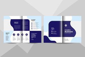 creatieve zakelijke bi-fold brochure ontwerpsjabloon. zakelijk boekje ontwerp vector