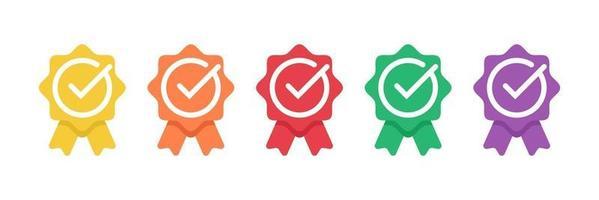 gecertificeerd badge-logo met vinkje of goedgekeurde medaille. verkrijgbaar in moderne kleuren. vector illustratie sjabloon.