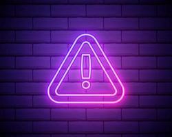 driehoekig bord met uitroepteken neon pictogram. elementen van webset. eenvoudig pictogram voor websites, webdesign, mobiele app, info graphics geïsoleerd op bakstenen muur