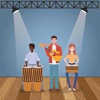groep interraciale mensen die muziek in een band spelen