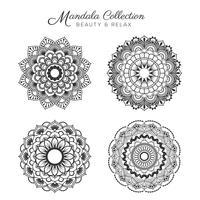 Set van decoratieve en decoratieve mandala ontwerp vector