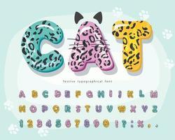schattige dieren cartoon lettertype voor kinderen. grappig luipaard, jaguar, cheetah-huidalfabet. vector