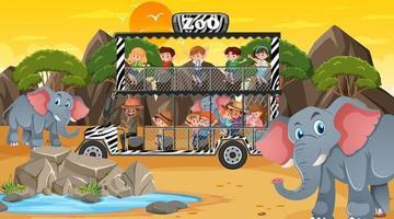 safari bij zonsondergangtijdscène met veel kinderen die olifantsgroep bekijken vector
