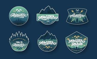 avontuurlijke belettering set logo's of emblemen met verloop vector