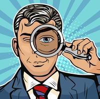 De man is een detective die door vergrootglasonderzoek kijkt. Illustratie in stijl van de pop-art retro-strips