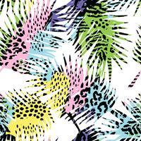 Trendy naadloos exotisch patroon met palm, dierlijke druk en hand getrokken texturen. vector