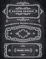 Set van Retro Vintage kaders en randen. Chalk Board achtergrond