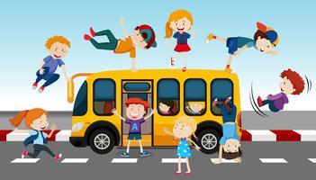 Schoolbus en studenten vector