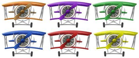 Vliegtuigen in zes verschillende kleuren