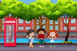 Internationale kinderen in stedelijke stad vector