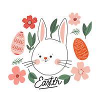 Kleurrijke Happy Easter Bunny met oranje eieren en bladeren rond