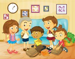 Jongens en meisjes pakken tassen in de kamer