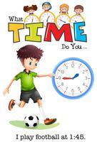 Een jongen speelt voetbal om 1:45 uur
