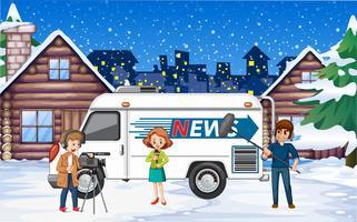 Nieuwsverslaggever winters tafereel