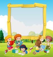 Grens sjabloon met kinderen lezen vector