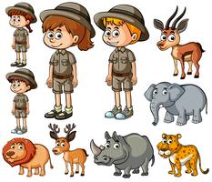 Kinderen in safari-outfit en veel wilde dieren vector