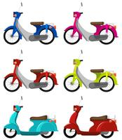 Zes kleurrijke scooters