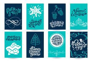 Set xmas Scandinavische wenskaarten met vrolijke kerstkalligrafie belettering tekstzinnen. Hand getrokken vectorillustratie. Geïsoleerde objecten