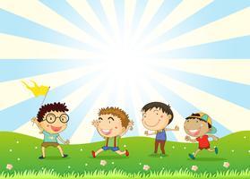 Jongens spelen in de heuvel