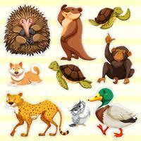 Stickerontwerp voor wilde dieren op gele achtergrond vector