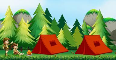Kinderen kamperen in de natuur