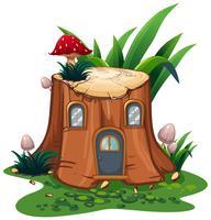 Paddestoel op stompboom in tuin
