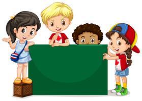 Kinderen staan bij het groene bord vector