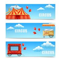 Drie horizontale circusbanners