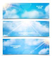 Zon door wolken hemel banners instellen vector