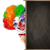 Clown lachend gezicht van achter Blackboard